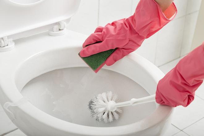 Как отмыть унитаз от налета
