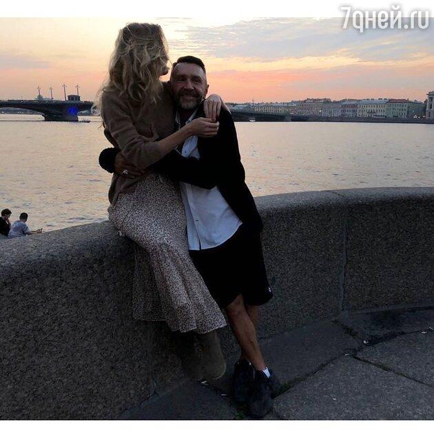 Сергей Шнуров с женой Ольгой