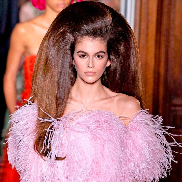 Кайя Гербер на шоу Valentino Fall 2018 Couture
